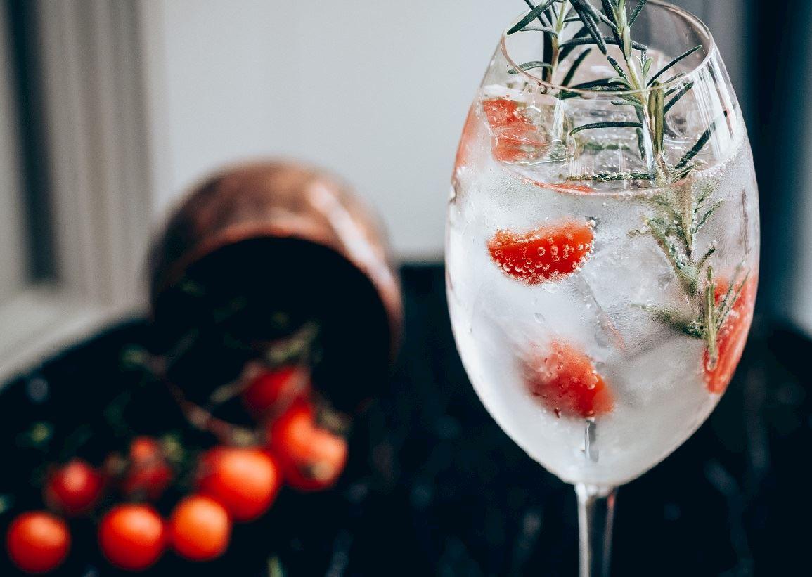 Deák St. Kitchen Gin Mare Specials